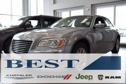 PRE-OWNED 2011 CHRYSLER 300 LIMITED RWD 4D SEDAN