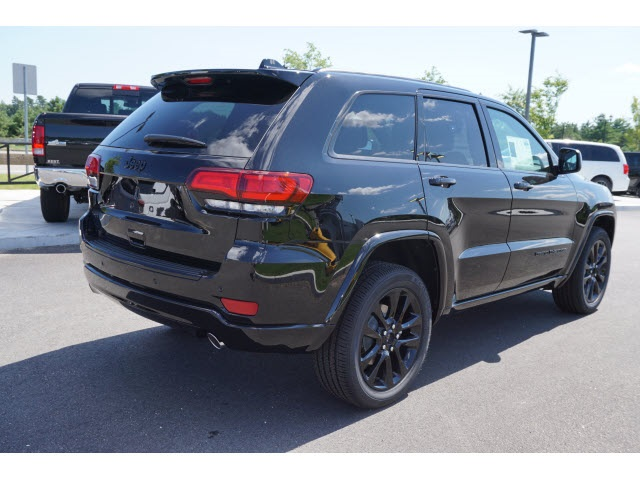 new 2017 jeep grand cherokee altitude sport utility in plymouth 70824s best chrysler dodge. Black Bedroom Furniture Sets. Home Design Ideas