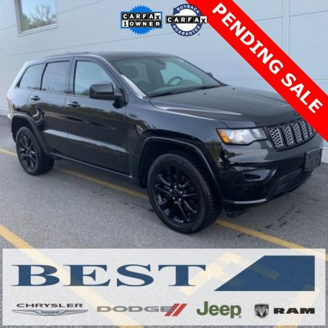 PRE-OWNED 2017 JEEP GRAND CHEROKEE ALTITUDE 4WD